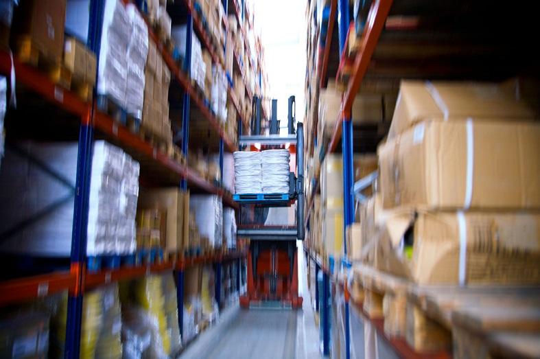 MOLDSTOCK Logística crece un 10% gracias al impulso del e-commerce y la logística de la manipulación