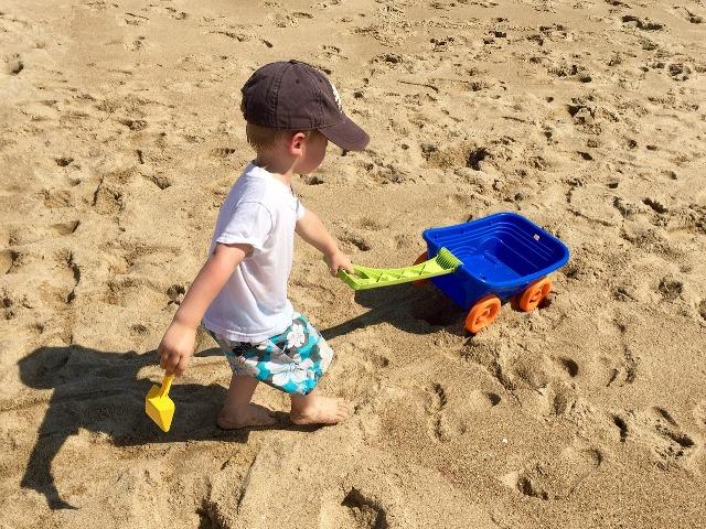 Cinco consejos imprescindibles para viajar con bebés en verano
