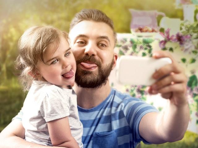 Los padres y madres ya pueden guardar para siempre la historia de sus hijos con Lifeed