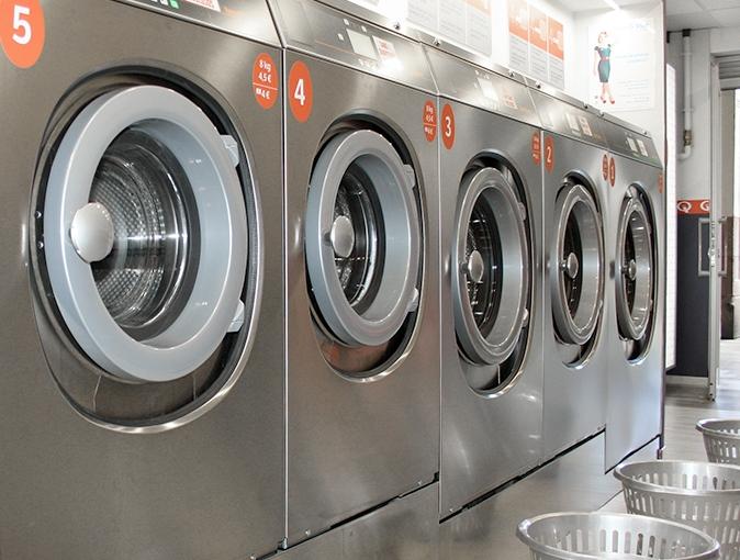 Ya puedes lavar la ropa de tu mascota en Barcelona con Lavandería Sant Andreu