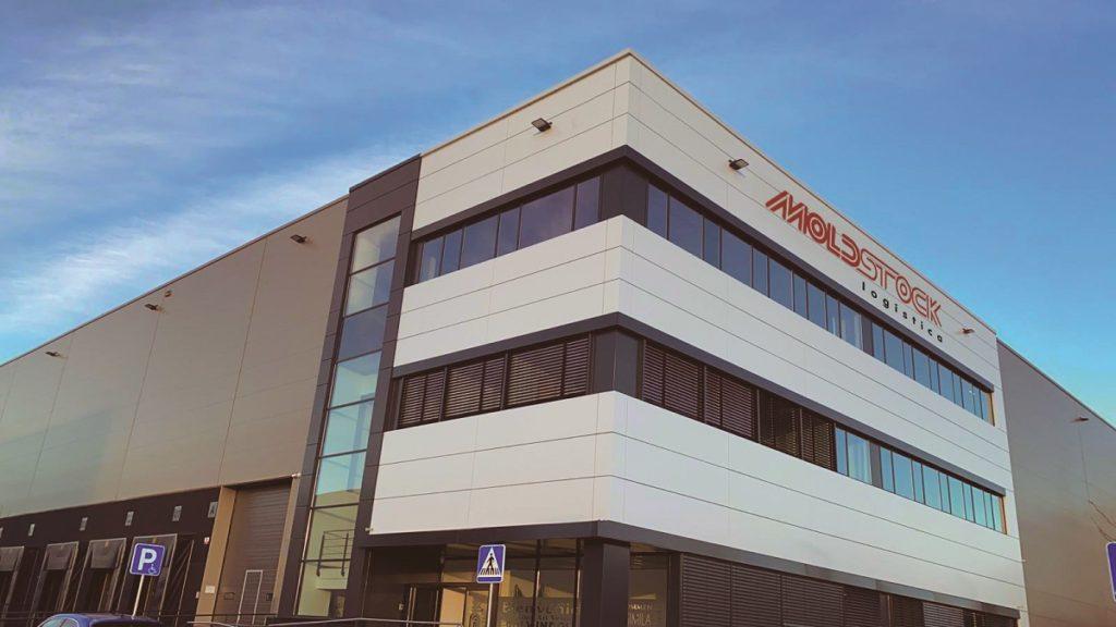 MOLDSTOCK inaugura en Barcelona su mayor centro logístico de España